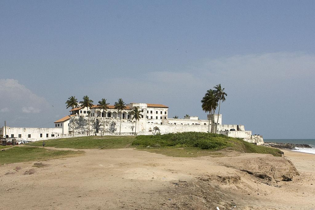 1024px-Elmina_Castle_-_Ghana.jpg