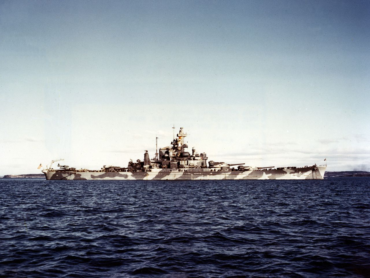 1280px-USS_Alabama_(BB-60)_in_Casco_Bay_c1942.jpg