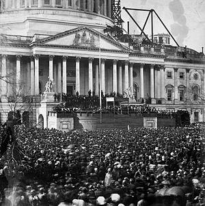 300px-Abraham_lincoln_inauguration_1861.jpg