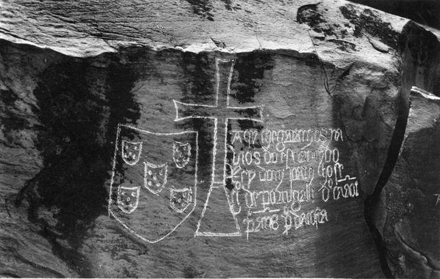 640px-Matadi,_Congo,_pedra_de_Ielala,_Diogo_Cão (1).jpg