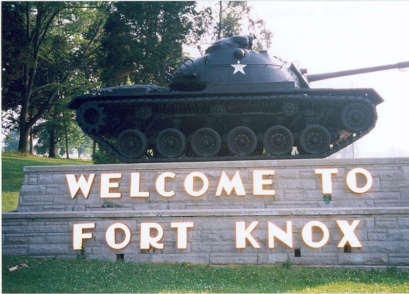 800px-Fort_Knox_tank.jpg
