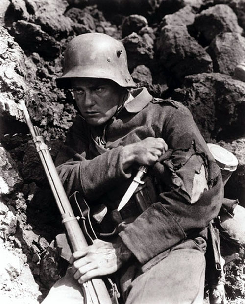 all-quiet-on-the-western-front-lew-ayres-1.jpg