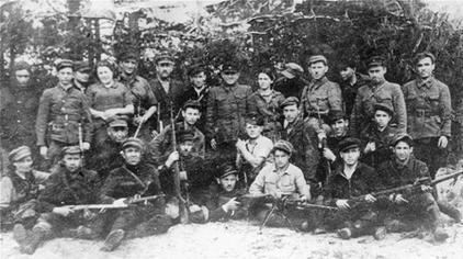 Bielski_partisans.jpg