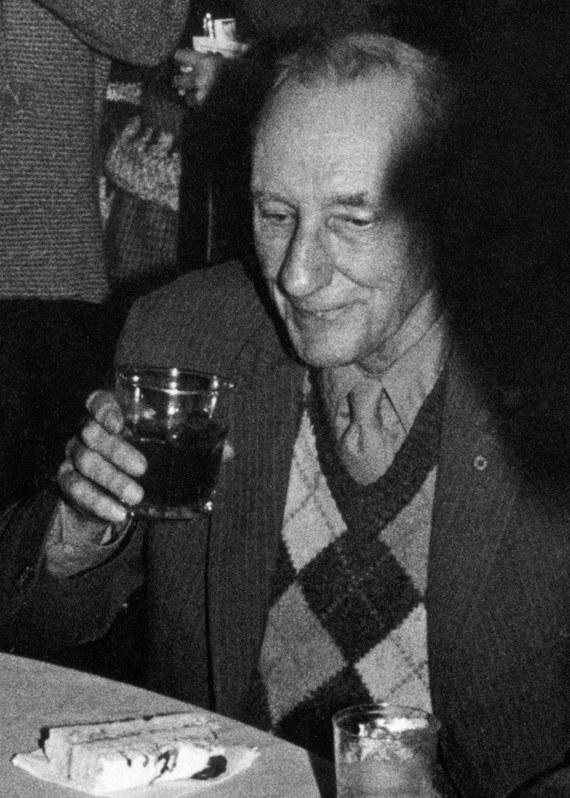 Burroughs1983_crop_b.jpg