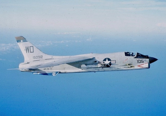 F-8E_VMF-212_CVA-34_1965_(cropped).jpg