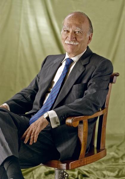 Giorgio-Almirante.jpg