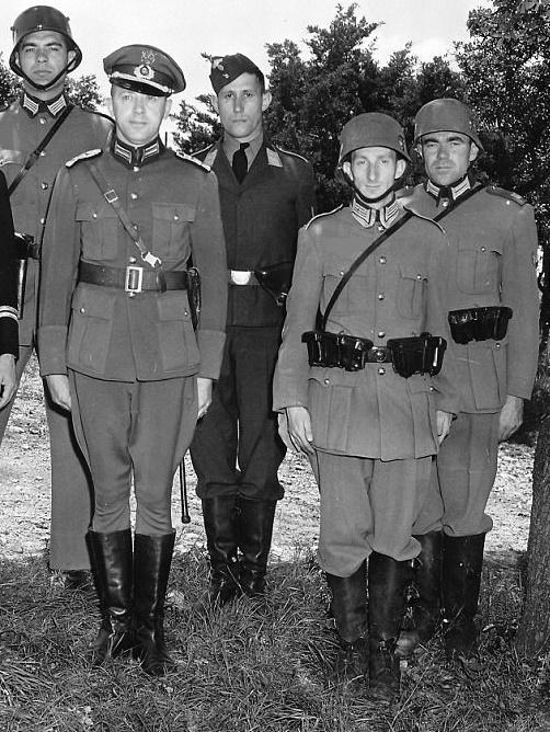 guard_commandos_1941.jpg