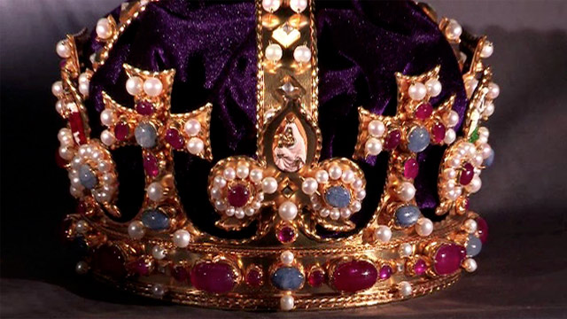 Henry-VIIIs-replica-crown-001 (Tudor state imperial crown replica).jpg