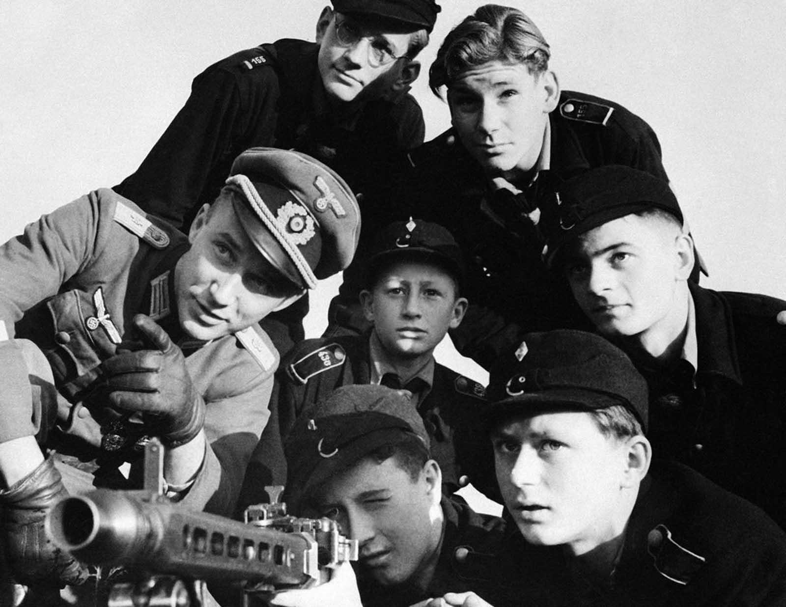 Last_days_of_Nazi_Germany (2).jpg