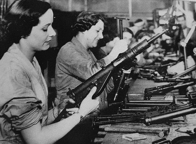 most-wartime-sten-guns-were-built-by-female-british-factory-workers.jpg
