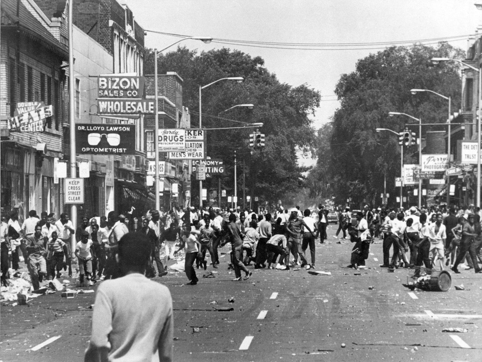 People-Detroit-1967.jpg