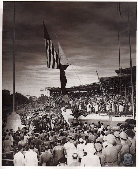 Philippine-flag-is-raised-while-the-U.S.-flag-is-lowered.jpg