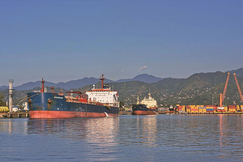 Port_of_Batumi,_Georgia.jpg