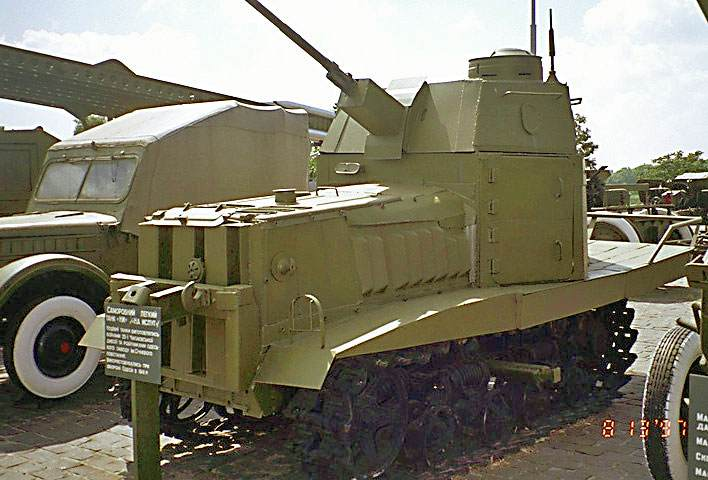 RCW_tank_scratch_built_from_a_tractor_and_armor_plate.jpg