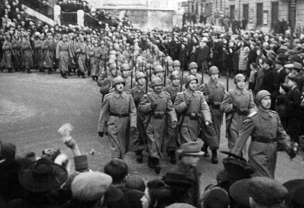 Slovene Home Guard marching in Lubiana.png