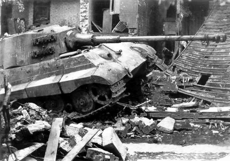 Tiger_2_tank_92.jpg