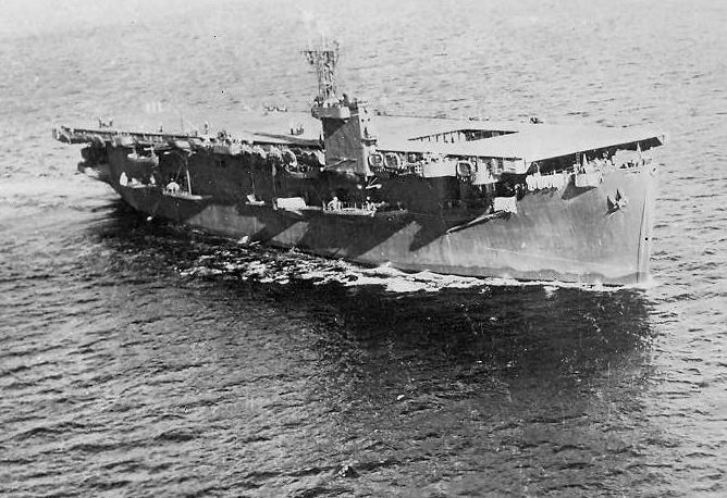 USS_Bogue_(CVE-9)_underway_c1943.jpeg