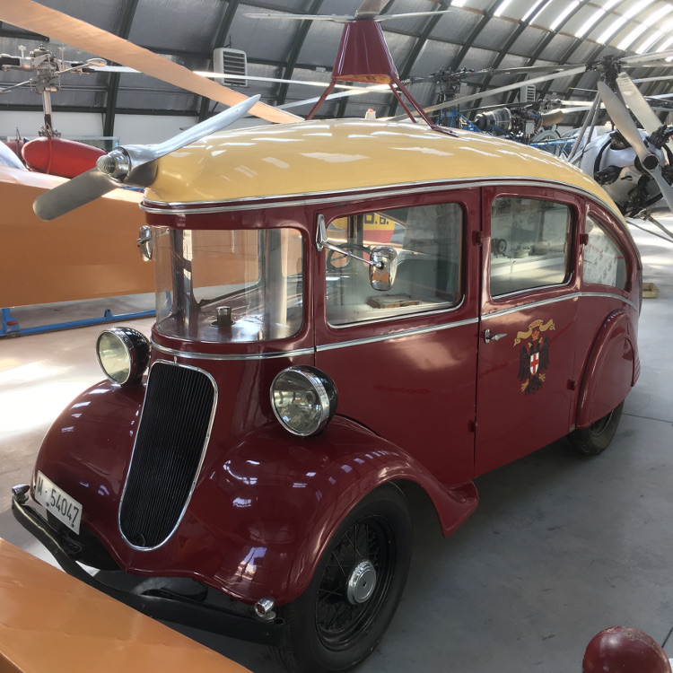 viena_capellanes_1935_singer_nine_autogiro_by_rlkitterman_ddknb3p.jpg